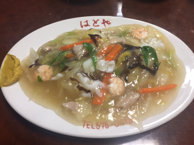 地元人気中華料理屋さんの贅沢な唐揚げ&ヤキソバランチを堪能! 兵庫区福原町 「中華料理屋はとや」