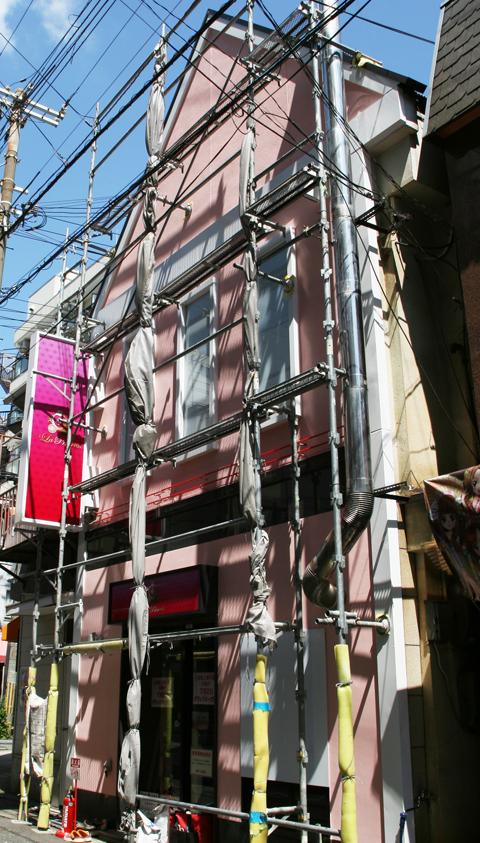 福原ソープに久しぶりのナース専門ソープランドが7月2日にオープン。